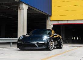 Porsche 911 Turbo S ,性感极了