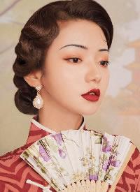 多样的复古风女生发型图片