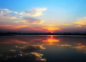 湖北汤逊湖日出风景图片