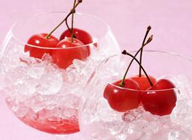 清新可口水果樱桃桌面壁纸