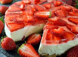 一组诱人的水果蛋糕图片