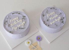 一组可爱的迷你小蛋糕图片