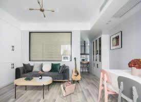 小户型公寓,简单的色彩营造出清新感 
