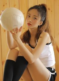露脐装美女性感甜酷写真图片