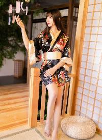 极品美女白皙美腿性感和服写真图片