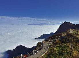 峨眉山云顶奇观高清风景图片