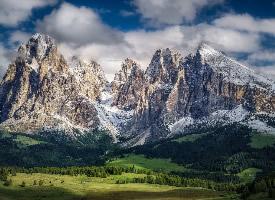意大利壮丽多洛米蒂山高清摄影图片