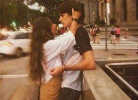 街头情侣浪漫图片