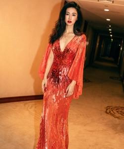 朱珠流光红裙性感写真图片