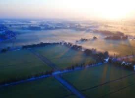 密密麻麻的农田美景图片