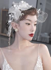 一组惊艳的复古感新娘造型图片