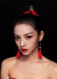 一组中式写真的女生发型图片