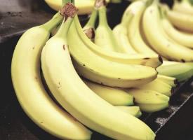 一组香甜浓郁的香蕉图片