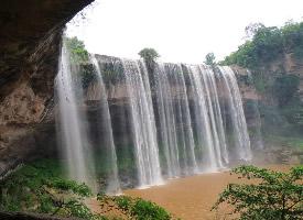 万州大瀑布壮丽风景图片