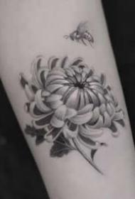 一组很有特色的黑白纹身图片