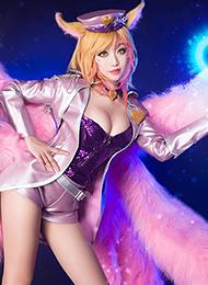 偶像阿貍英雄聯盟cosplay壁紙