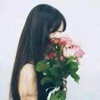 原谅捧花的我盛装出席只为错过你