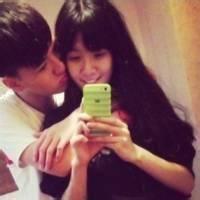 甜蜜蜜的微信情侣接吻头像图片