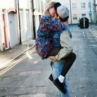 欧美情侣唯美意境qq接吻头像图片