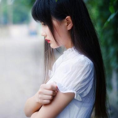 qq空间好看的治愈系女生头像图片