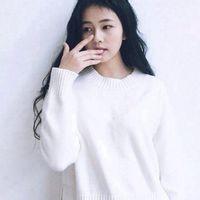 清纯可爱的qq长发女生白色头像