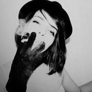 欧美范的qq个性黑白女生头像图片