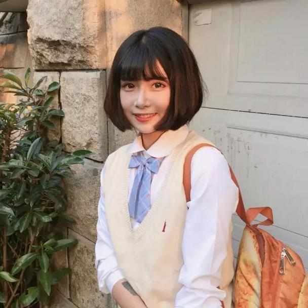 日系清纯可爱学生妹微信头像图片