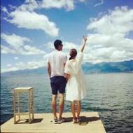 海边度假的情侣清新唯美qq头像图片
