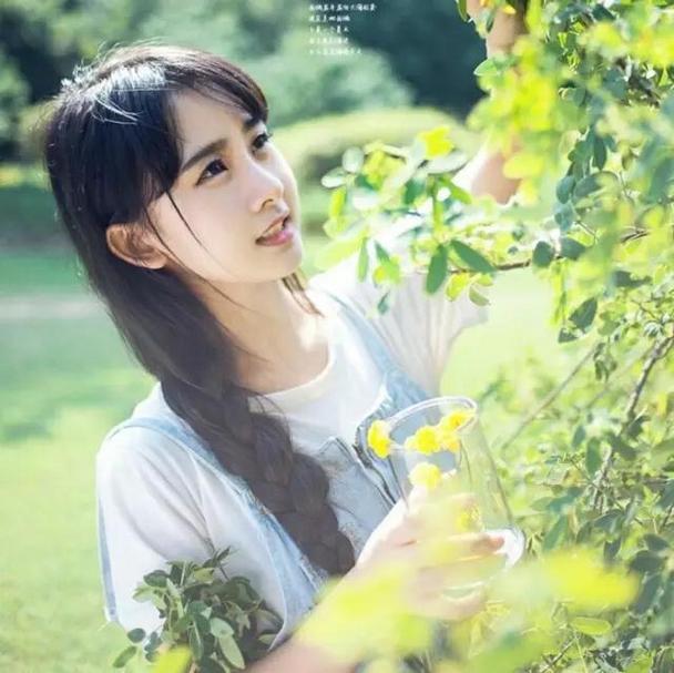 清新甜美的女生qq唯美景色頭像圖片