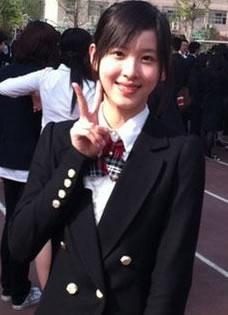 奶茶妹妹章澤天清純可愛畢業照曝光