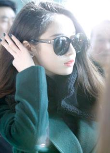 朴智妍冬日海边生活照 美人自有超级巨星性感范