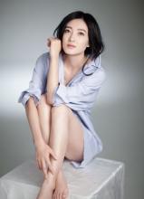 王丽坤性感衬衫诱惑写真