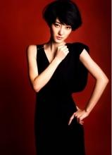 王丽坤优雅高贵范儿写真尽显大女人