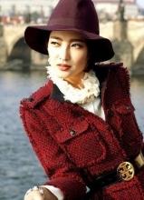 王丽坤帅气西装写真
