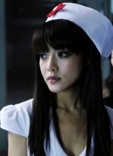 《夜店诡谈》邓家佳化性感护士火辣演出