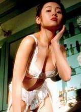 艳星李丽珍将再婚 昔日大尺度性感照曝光