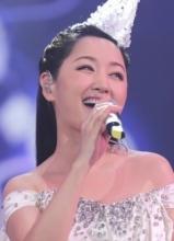 杨钰莹南昌个唱完美落幕 面容精致宛若少女
