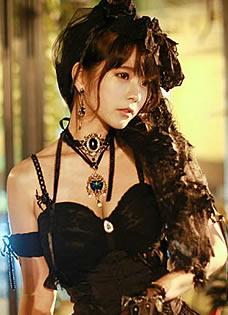 韩国Yurisa宫廷暗黑写真 SM吊带蕾丝风