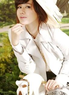 粉嫩甜心佳人孙艺珍写真性感小公主外型