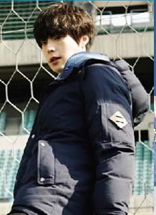 安宰贤变运动少年 颠球滑板耍酷