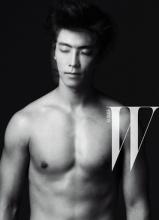SuperJunior东海杂志画报 展现男性魅力