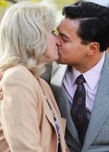 华尔街之狼热拍莱昂纳多与乔安娜热吻