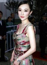 霍思燕轻盈飘逸北京电影节露乳抢镜