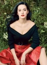 凯蒂·佩里时尚大片曝光 大秀美胸引关注