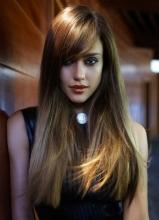 杰西卡·阿尔芭时尚写真 冷艳妆容秀发如丝