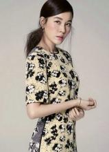 韩星金荷娜时尚写真 清新文艺范