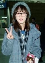 32岁张娜拉素颜仁川机场