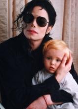 迈克尔·杰克逊罕见家庭照曝光