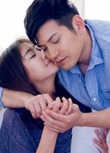 严宽杜若溪恋人节大年夜片 甜美贴脸秀恩爱