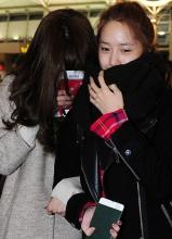 少女时代亮相仁川机场 允儿素颜照曝光